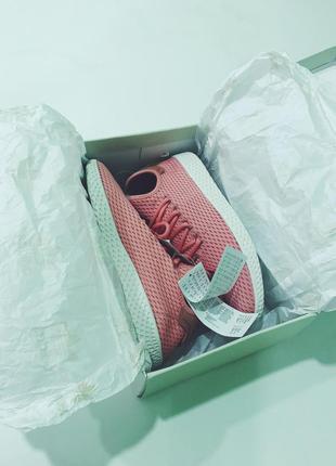 Кроссовки pharrell williams adidas