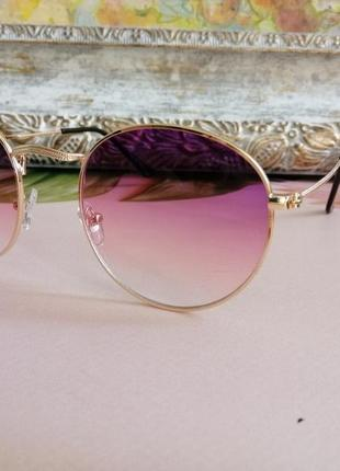 Стильные округлые солнцезащитные женские очки ray ban с градиентом 20212 фото