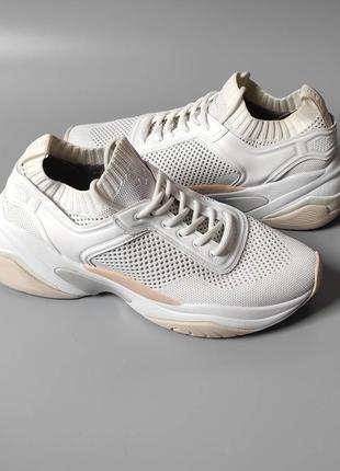 Оригінальні кросівки кеди tamaris