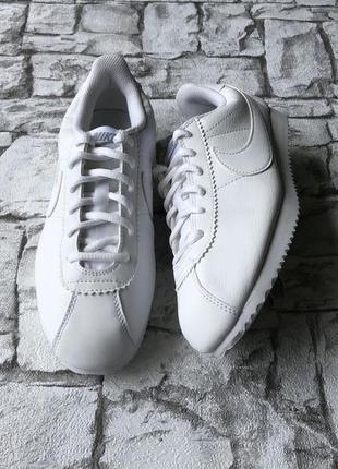 Nike cortez оригинал кроссовки женские белые 38 б у
