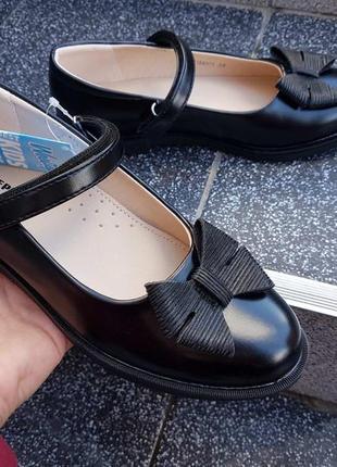 Туфли для девочки туфлі для дівчинки