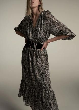 Актуальное платье миди с поясом в анималистичный принт zara