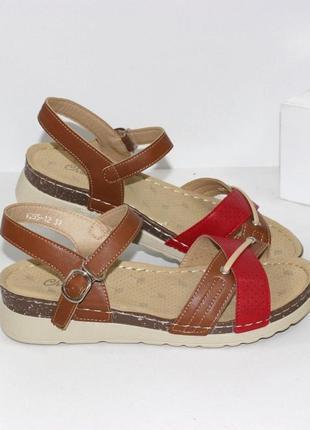 Комфортные женские босоножки красные коричневые сандали