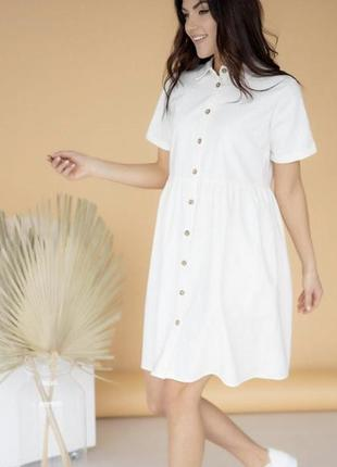 Жіноча сукня з льону