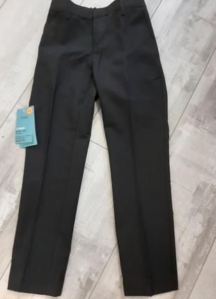 В наличие шикарные,фирменные школьные брюки/штаны 7-8 лет(128рост),англия!акция🔥