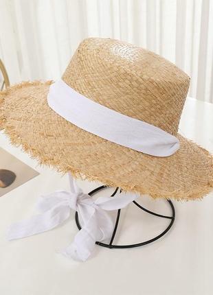 Соломенная шляпа шляпка с завязками солом'яна с белой лентой модная крутая