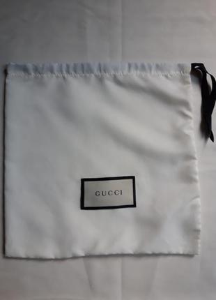 Мешок пыльник для одежды  gucci.