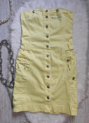 Желтое короткое платье бандо сарафан натуральный с кнопками без шлеек резинками бандажное вырезами