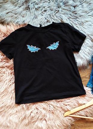1+1=3 стильная базовая футболка с летучими мышками sinsay