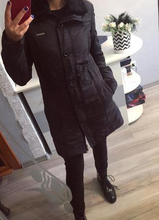 Демисезонное спортивное пальто reebok , куртка