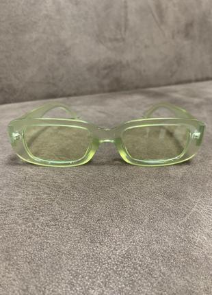 Крутые стильные имиджевые солнцезащитные очки прямоугольные