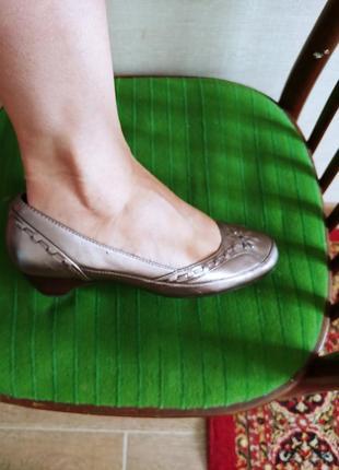 Туфли 37р.ст 24 на ногу 23,5 -23 см