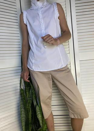 Блузочка без рукавов белого цвета с рюшами zara