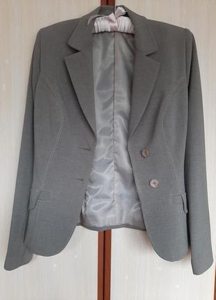 Піджак пиджак жакет шерсть в составе