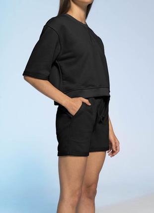 Кроп костюм черного цвета colo