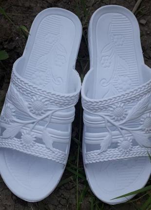 Женские шлепанцы тапочки пляжная обувь