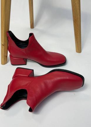 Эксклюзивные ботинки из натуральной итальянской кожи красные чёрные