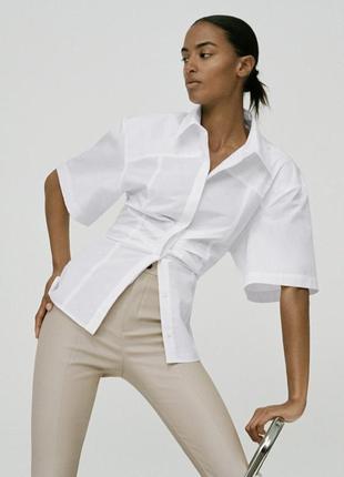 Актуальная белая хлопковая рубашка zara