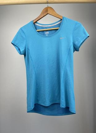 Фирменная, спортивная футболка nike, для бега
