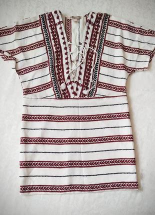 Короткое платье forever 21
