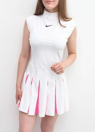 Стильное оригинальное платье nike