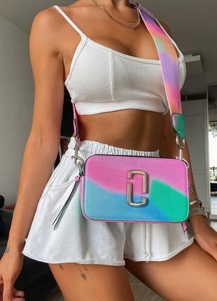 Разноцветная женская сумка marc jacobs tay day logo