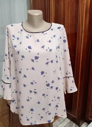 Блуза в синий цветочек 20 размер