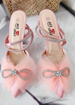 Туфли на каблуках з бантиком, розовые, атлас, венгрия