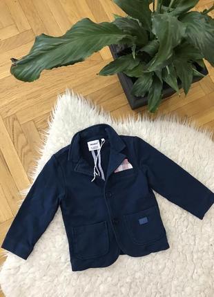 Котоновый натуральный пиджак пиджачок детский для мальчика нарядный блайзер жакет primigi италия