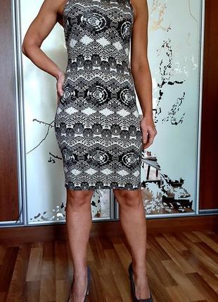Натуральное платье из вискозы с этническим принтом3 фото