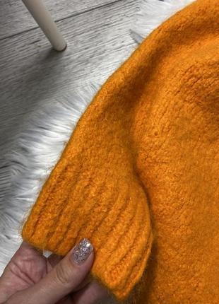 Тёплый оранжевый свитер4 фото