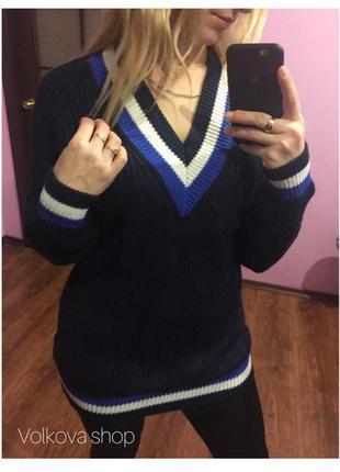 Обьемный свитер dilvin