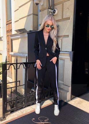 Черный костюм , пиджак и брюки , костюм с лампасами , костюм с брюками