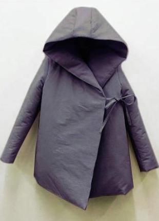 Модное куртка пальто нереального цвета. очень тёплая.