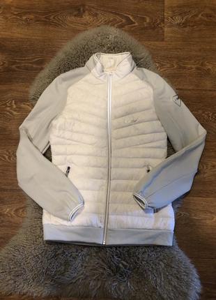 Шикарная легкая куртка пух decathlon