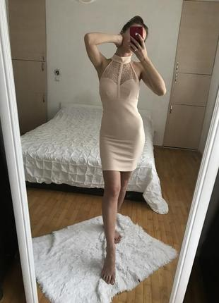 Пудрове бондажне плаття