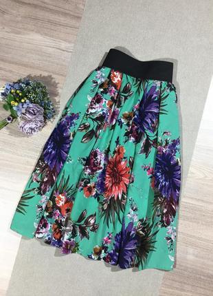 Брендовая шикарная юбка в цветочный принт.