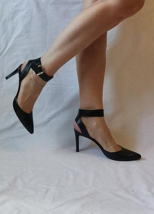 Туфли, босоножки 24.5