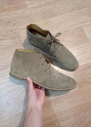Потрясающие идеальные ботинки