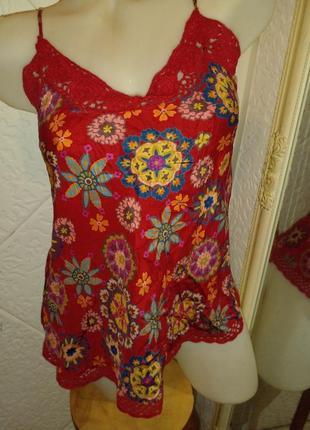 Блуза яркая шелк вязаная крючком в бельевом стиле