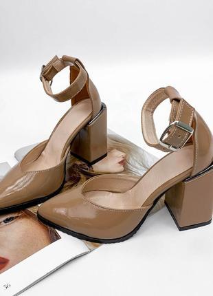 Туфли туфельки туфлі с закрытой пяткой ремешком на устойчивом каблуке кожаные натуральная кожа шкіряні натуральна шкіра турецкие карамельные