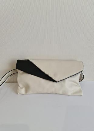 Маленькая белая кожаная сумка gianni chiarini