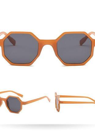 Стильні сонцезахисні окуляри на літо 20213 фото