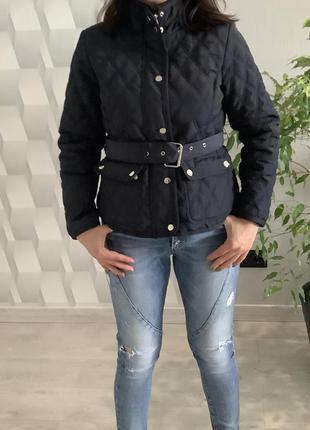 Женская демисезонная стёганная куртка с поясом размер м7 фото