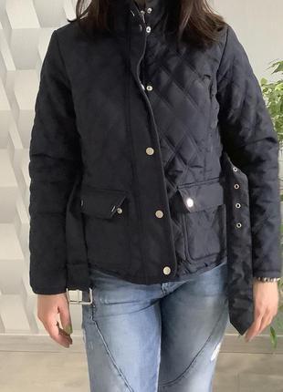 Женская демисезонная стёганная куртка с поясом размер м3 фото