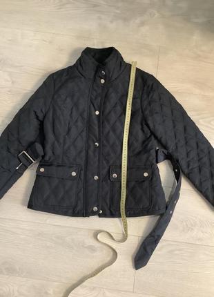 Женская демисезонная стёганная куртка с поясом размер м6 фото