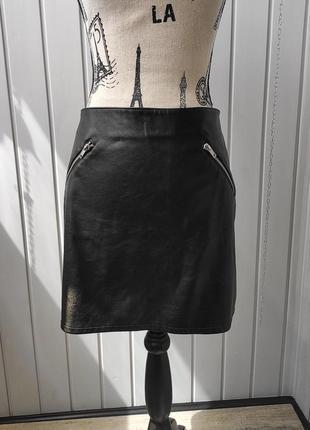 Черная кожаная юбка мини юбка экокожа h&m
