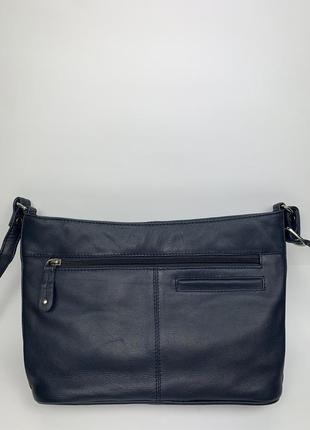 Индия! кожаная фирменная практичная сумочка на/ через плечо clark's.