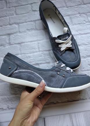 Спортывные туфли ,кеды,мокасины
