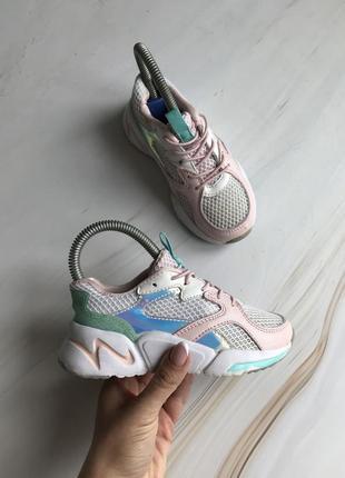 Дитячі кросівки primark